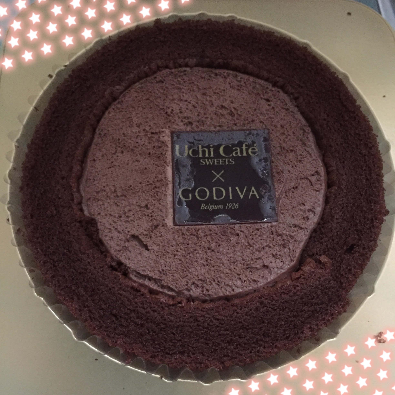ゴディバコラボのウチカフェチョコレートロールケーキ食べました!のブログ画像