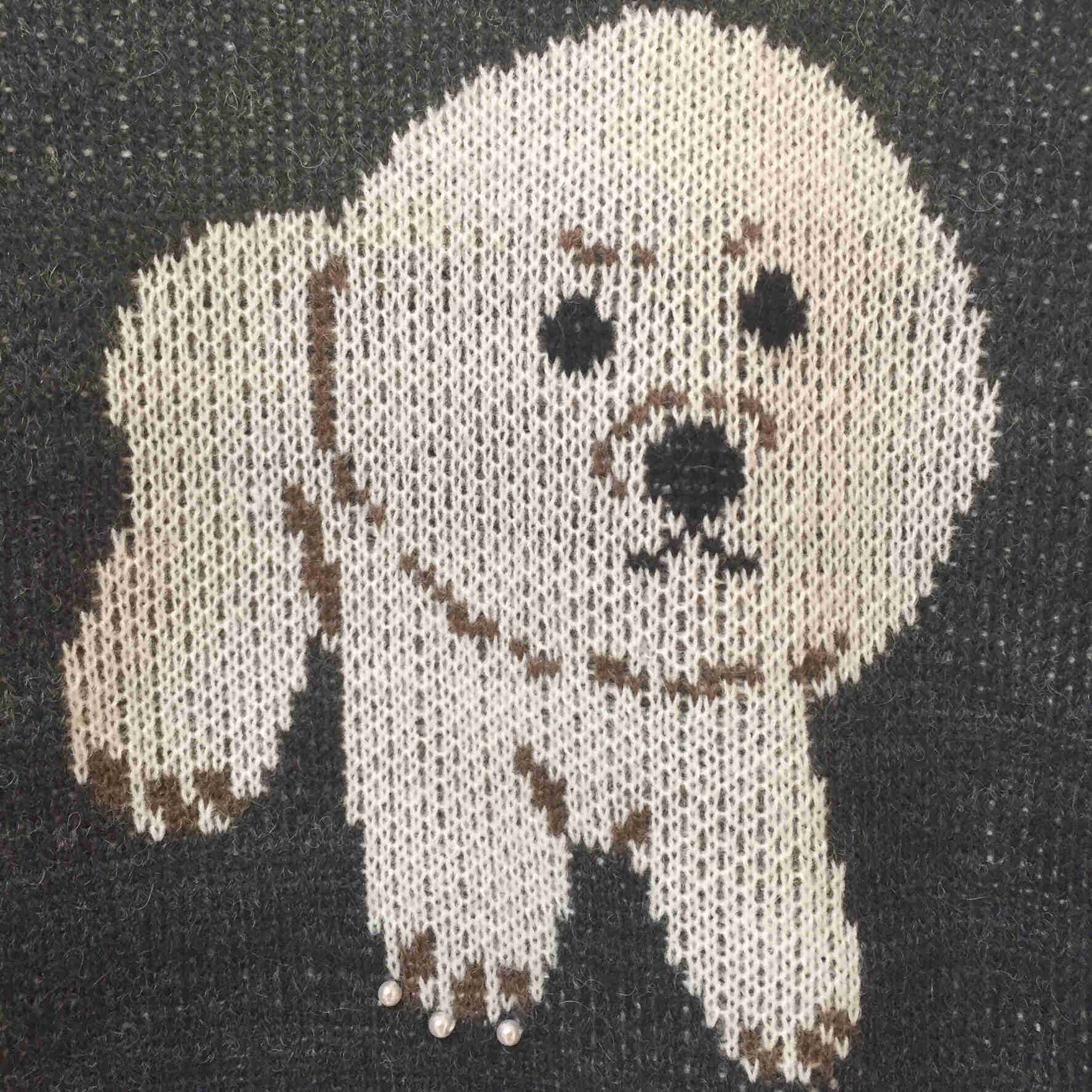 マダム向けの洋服屋さんで可愛すぎるセーターを発見!のブログ画像