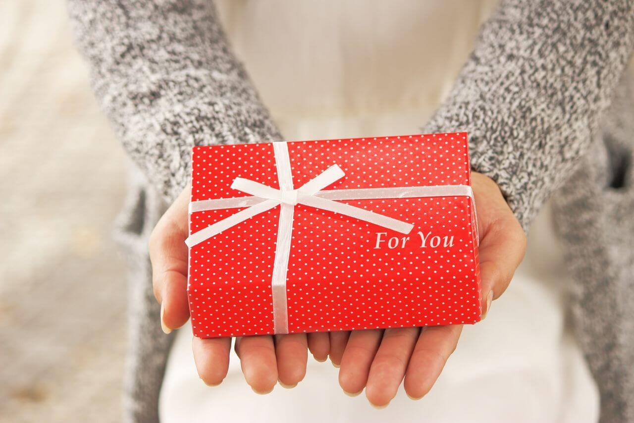 お母さんにありがとう!アンケートで厳選した母の日に贈って喜ばれるプレゼント10選のサムネイル画像