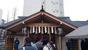 安産祈願、子授けで有名な東京水天宮へお参り散歩のサムネイル画像